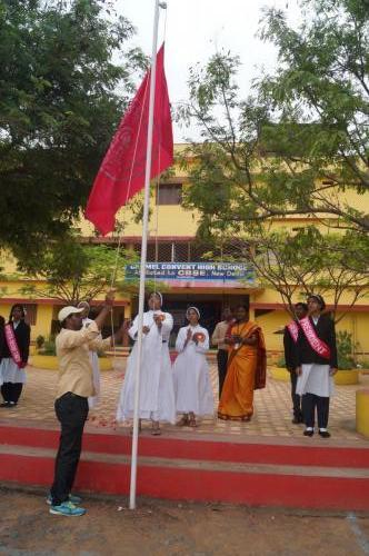 SCHOOL FLAG HOISTING